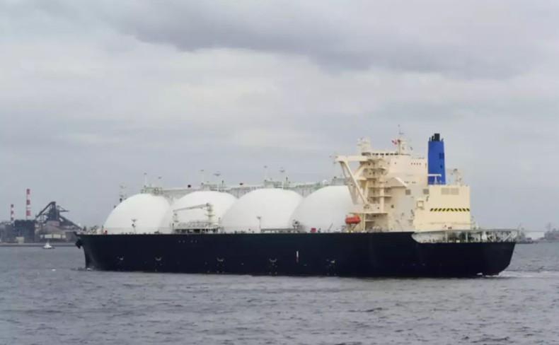 Bahri wstrzymał czarter kilkunastu gazowców LNG - GospodarkaMorska.pl