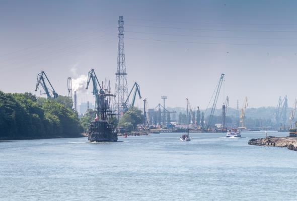 Keller wspiera Port Gdańsk w hydrotechnicznym rozwoju [foto] - GospodarkaMorska.pl