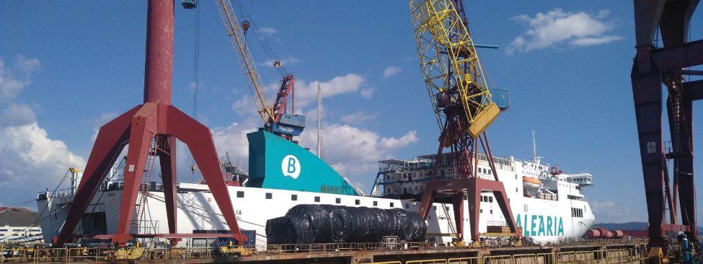 Balearia wykona w lipcu kolejną konwersję promu na spalanie paliwa LNG - GospodarkaMorska.pl