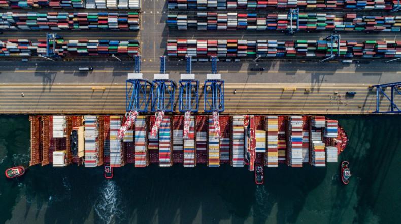 Wpływ pandemii Covid-19 na wybrane aspekty globalnej branży shippingowej - przewozy kontenerowe - GospodarkaMorska.pl