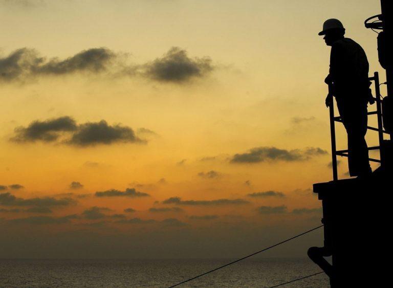 ICS: Sytuacja marynarzy uwięzionych na morzu to już kryzys humanitarny - GospodarkaMorska.pl