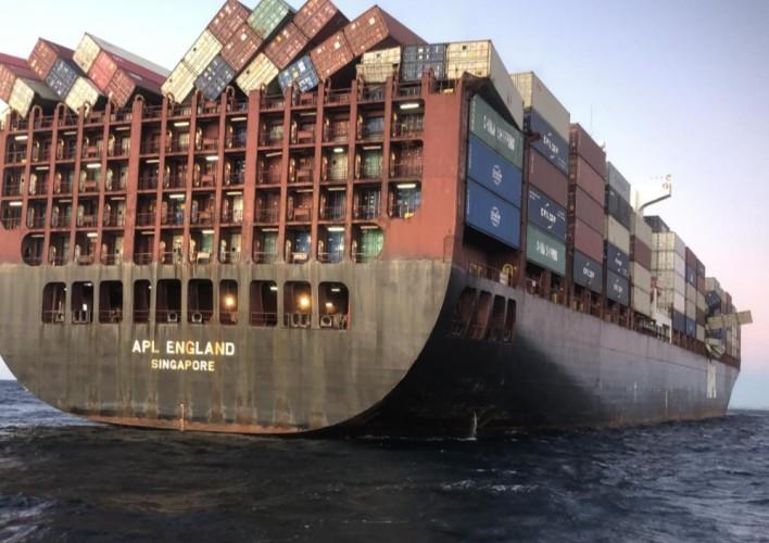 AMSA zatrzymuje kontenerowiec APL England z powodu nieodpowiednich mocowań - GospodarkaMorska.pl
