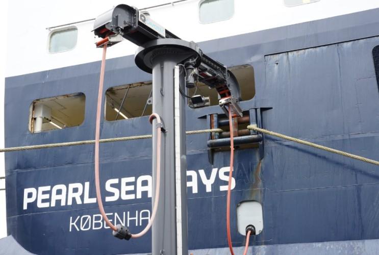 Stowarzyszenie brytyjskich portów bada możliwość wprowadzenia zasilania lądowego w swoich obiektach - GospodarkaMorska.pl