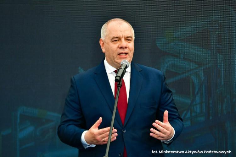Sasin: mamy koło zamachowe w postaci wielkich inwestycji - GospodarkaMorska.pl