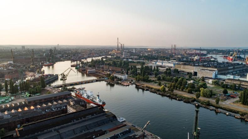 Wciąż wzrasta wsparcie dla portów, by pozostały otwarte w czasie epidemii - GospodarkaMorska.pl