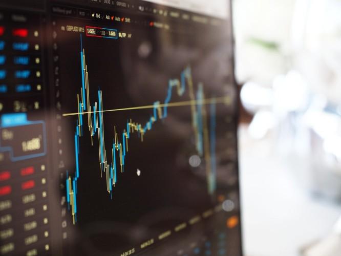 DZIEŃ NA GPW: Wzrosty na rynku akcji, WIG-energia najwyżej od lutego - GospodarkaMorska.pl