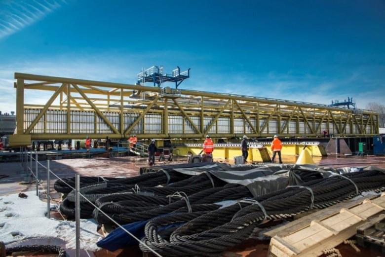 Vistal Gdynia: Zawarcie umowy na wykonanie montażu mostu - GospodarkaMorska.pl