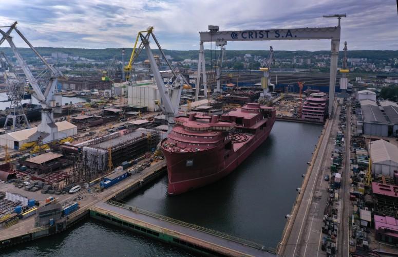 Jednostka Nexans Aurora opuściła stocznię CRIST - GospodarkaMorska.pl