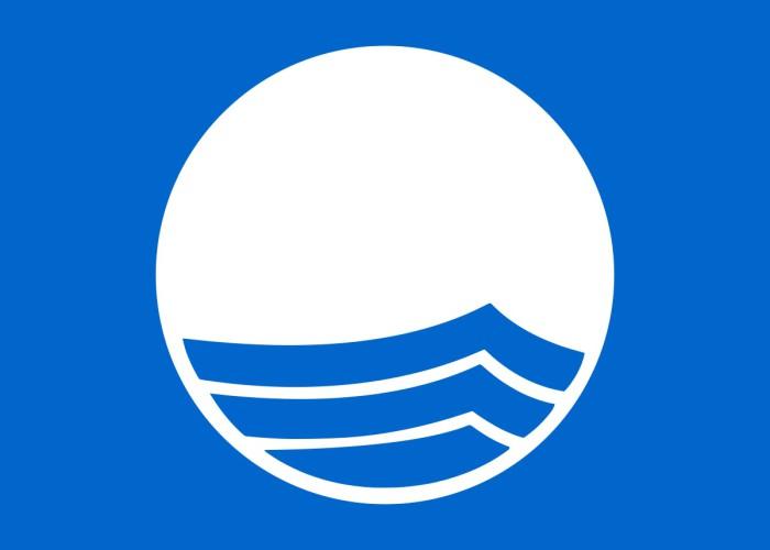 Zachodniopomorskie:18 kąpielisk i trzy mariny w regionie z Błękitną Flagą - GospodarkaMorska.pl