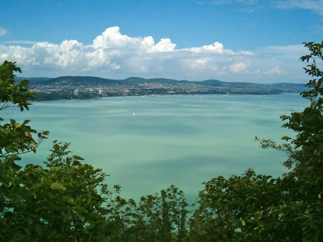 W tym roku zostanie odnowionych 67 plaż nad Balatonem - GospodarkaMorska.pl