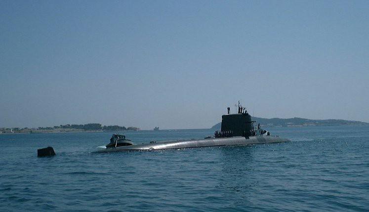 Francja: Opanowano pożar na okręcie podwodnym o napędzie nuklearnym - GospodarkaMorska.pl
