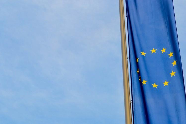 UE: Ministrowie odpowiedzialni za rynek wewnętrzny i przemysł zadowoleni z planu odbudowy - GospodarkaMorska.pl