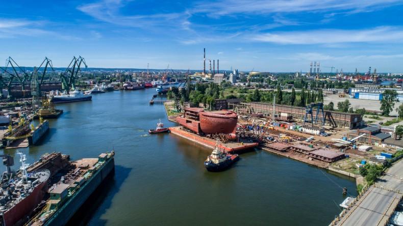 Bloki arktycznego wycieczkowca wypływają z Gdańska do Norwegii - GospodarkaMorska.pl