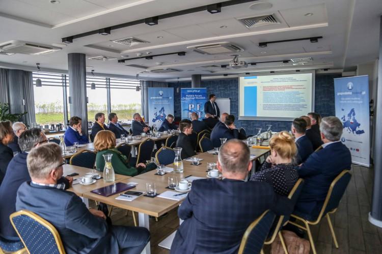 Polskie Forum Technologii Morskich rozpoczęło działalność na rzecz gospodarki morskiej - GospodarkaMorska.pl