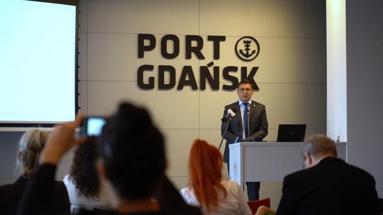 Port Gdańsk pobił kolejny rekord. Przeładowano ponad 27 mln t towarów - GospodarkaMorska.pl
