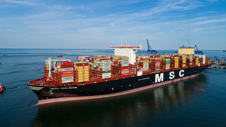 MSC Gülsün - największy na świecie kontenerowiec w DCT Gdańsk - GospodarkaMorska.pl