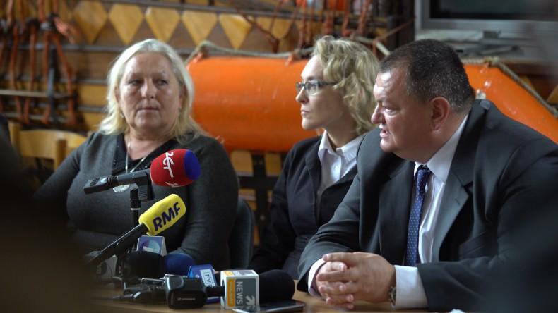 Konferencja prasowa rodziny aresztowanego polskiego kapitana UBC Savannah - GospodarkaMorska.pl