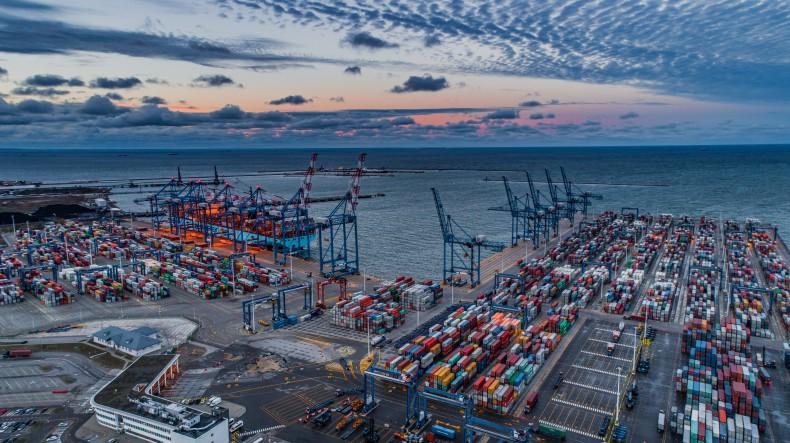 Raport z rynku żeglugowego – czy rynek odbija się od dna?  (tydzień 24-25) - GospodarkaMorska.pl