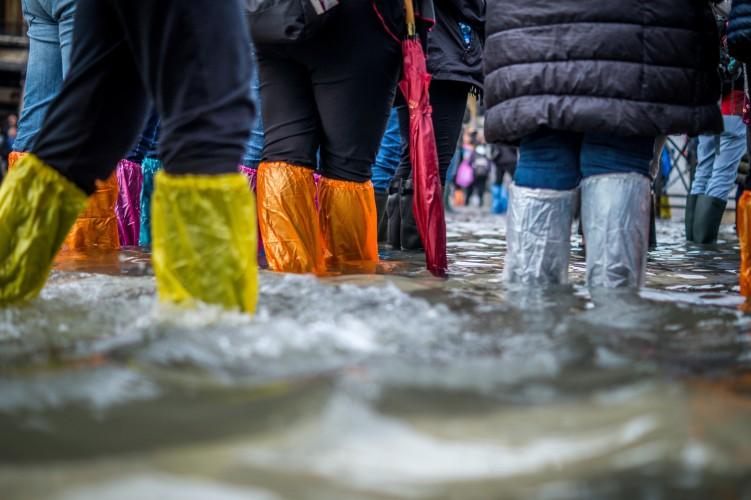 Podtopienia miejskie to ludzkie dramaty, którym możemy zapobiegać - GospodarkaMorska.pl