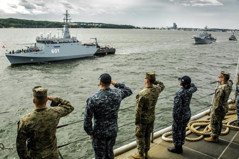 Dworczyk: w Europie powinno stacjonować jak najwięcej żołnierzy USA - GospodarkaMorska.pl