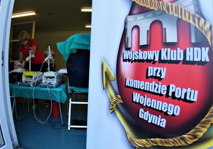 Dar życia w Święto Marynarki Wojennej - GospodarkaMorska.pl