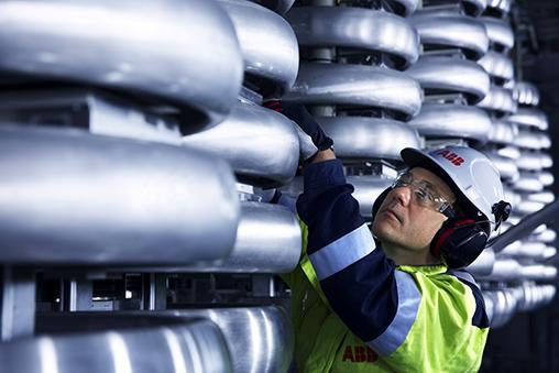 ABB zdobyła warte 155 milionów USD zamówienie na zasilanie dużego pola naftowego na Morzu Północnym - GospodarkaMorska.pl
