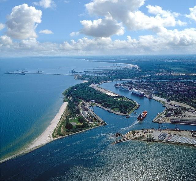Port Gdańsk drugi na Bałtyku pod względem liczby obsłużonych kontenerów - GospodarkaMorska.pl