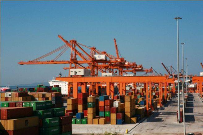 Grecy planują sprzedaż portów w Salonikach i Pireusie - GospodarkaMorska.pl