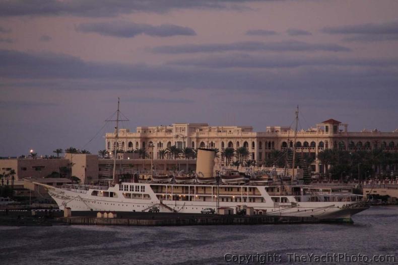 Największe jachty świata: El Horriya (7. miejsce) - GospodarkaMorska.pl