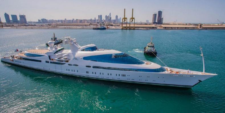 Największe jachty świata: Yas - przerobiona forteca (8. miejsce) - GospodarkaMorska.pl