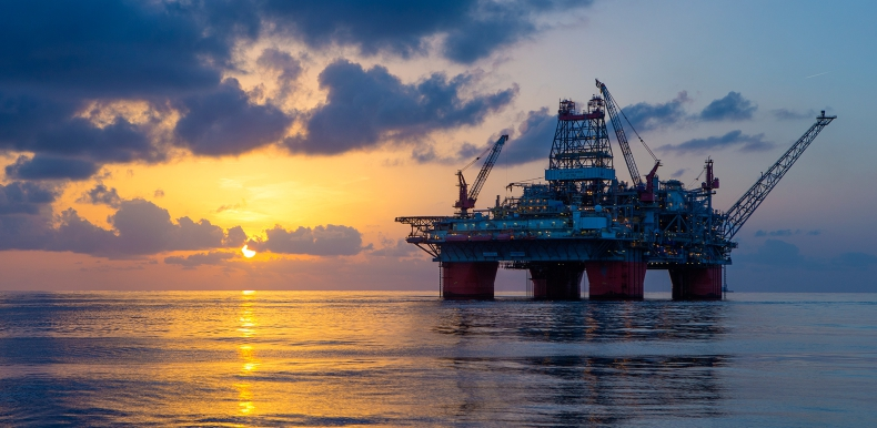 Giganci na morzu: Przemysł offshore – platformy wiertnicze półzanurzalne - GospodarkaMorska.pl