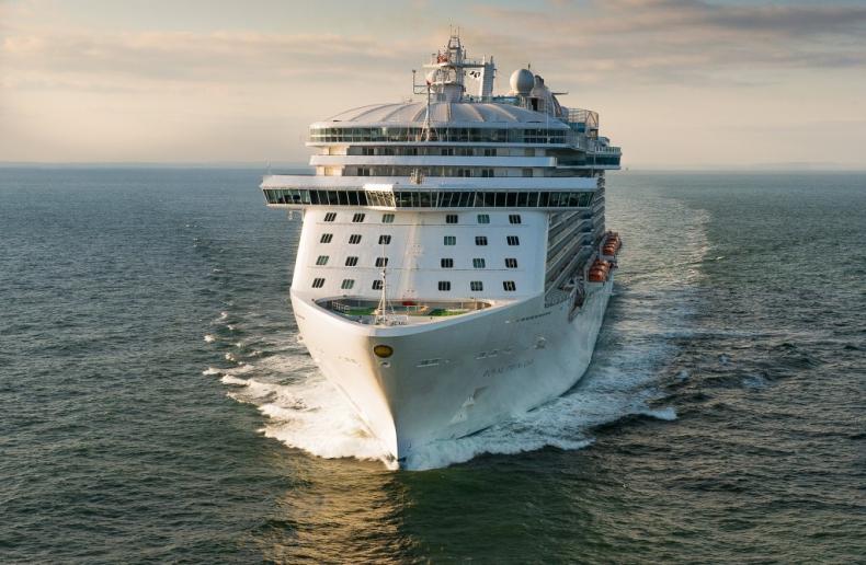 Carnival Corporation zamówił pierwsze wycieczkowce o napędzie LNG - GospodarkaMorska.pl