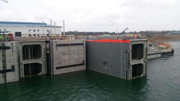 Kanał Panamski otrzymał dotację na nowy terminal LNG - GospodarkaMorska.pl