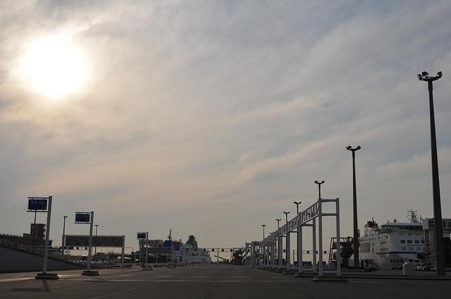 Chaos na Kanale La Manche wpłynie na wzrost cen w transporcie - GospodarkaMorska.pl