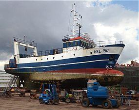 Remont statku rybackiego HEL 150 w Stoczni Marynarki Wojennej - GospodarkaMorska.pl