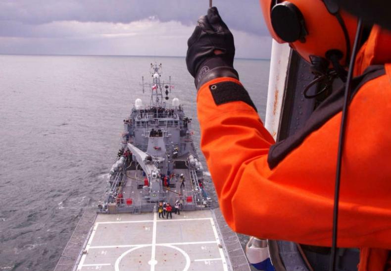 ORP Kontradmirał X. Czernicki wraca do służy w NATO - GospodarkaMorska.pl