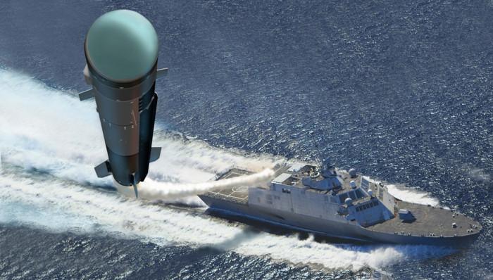 Amerykańska marynarka testowała nowoczesne rakiety Longbow Hellfire (WIDEO) - GospodarkaMorska.pl