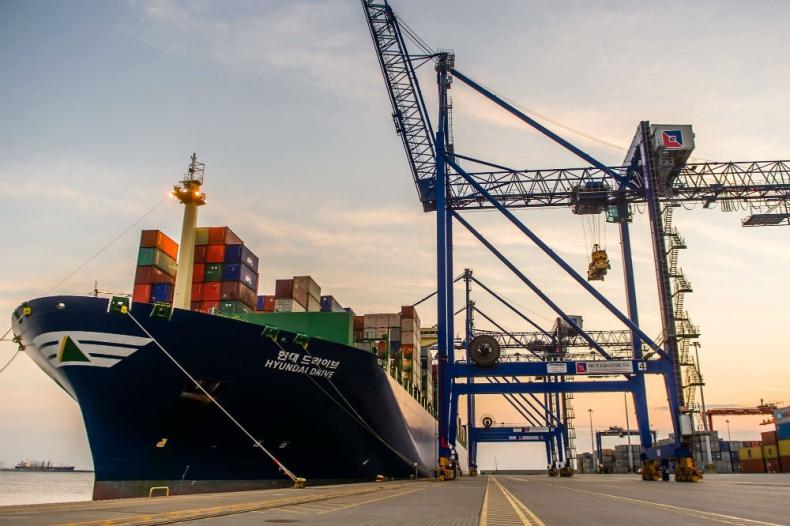 Kolejny statek Aliansu G6 zawinął do DCT Gdańsk - GospodarkaMorska.pl
