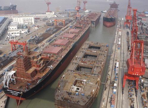 Jakie problemy prawne pojawiają się w trakcie budowy statków? – wywiad z radcą prawnym Mateuszem Romowiczem - GospodarkaMorska.pl