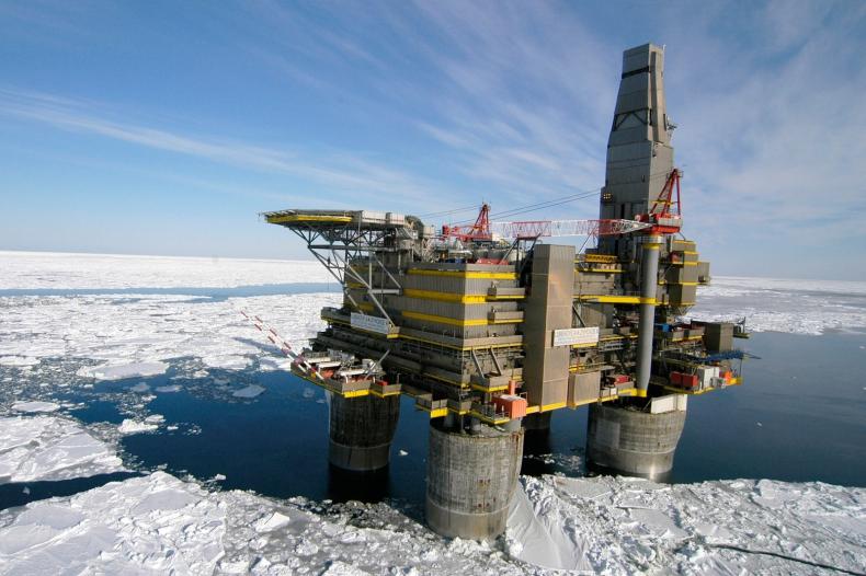 Ile musiałaby kosztować baryłka ropy, żeby wydobycie w Arktyce było opłacalne? - GospodarkaMorska.pl