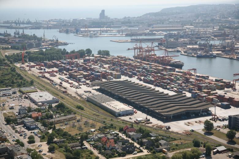 Porty morskie w polskiej i europejskiej logistyce - GospodarkaMorska.pl