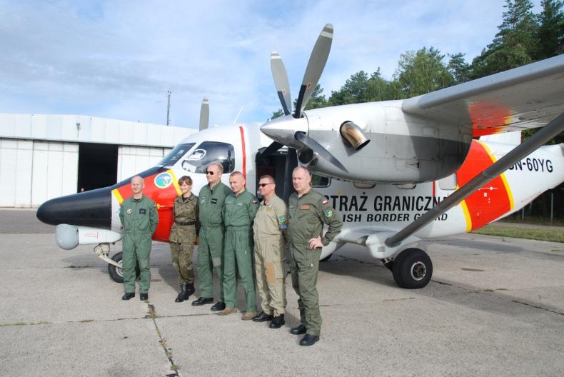 Samolot SG powrócił z misji w Grecji. Na morzu Śródziemnym odnalazł łódź z nielegalnymi imigrantami - GospodarkaMorska.pl