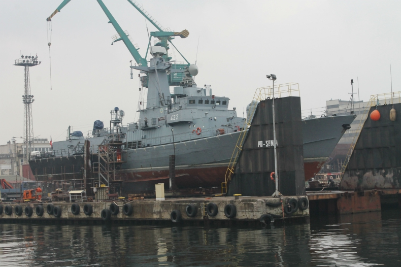 Nauta rozpoczyna remont okrętu ORP Piorun - GospodarkaMorska.pl