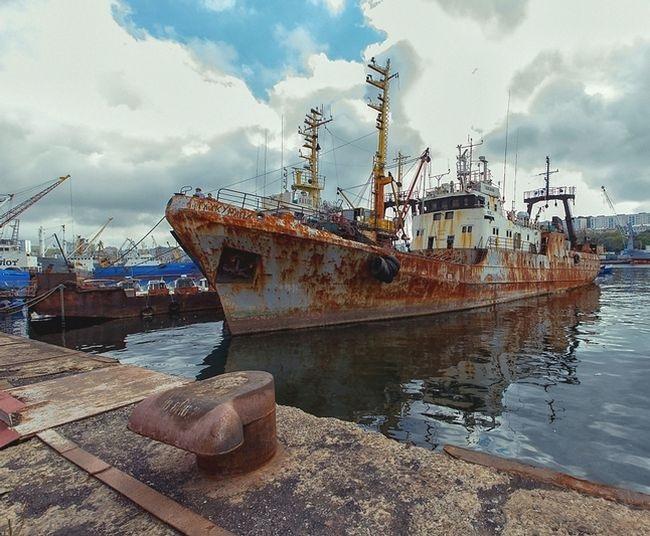 Cmentarzysko rosyjskich statków (FOTO) - GospodarkaMorska.pl