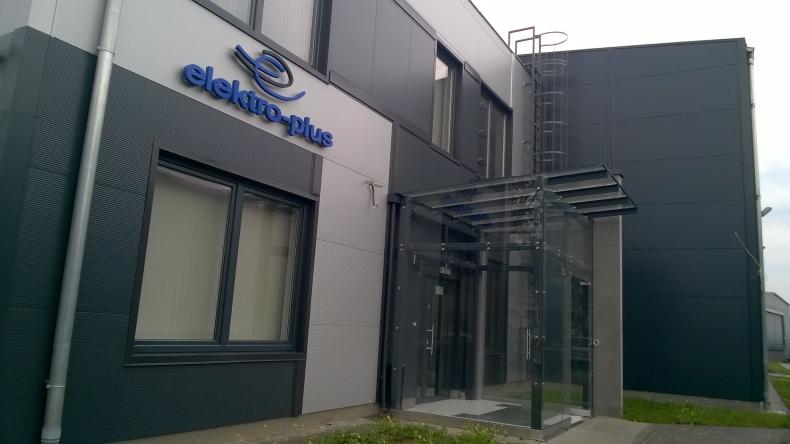 Nowa siedziba i jednostka podwodna - rozmowa ze Sławomirem Zwarą, dyrektorem spółki Elektro-plus - GospodarkaMorska.pl