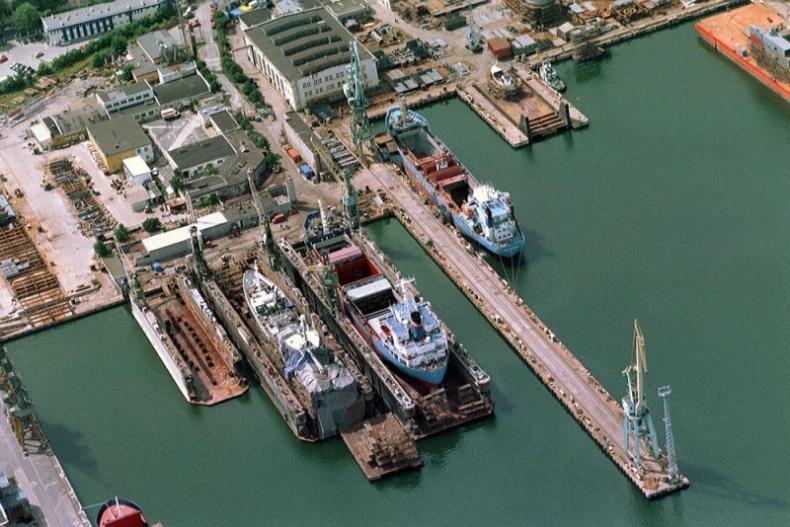 Wiceminister gospodarki morskiej: Będą zwolnienia podatkowe dla przemysłu okrętowego - GospodarkaMorska.pl