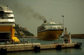 Dania nawołuje do ograniczenia poziomu emisji przez żeglugę - GospodarkaMorska.pl