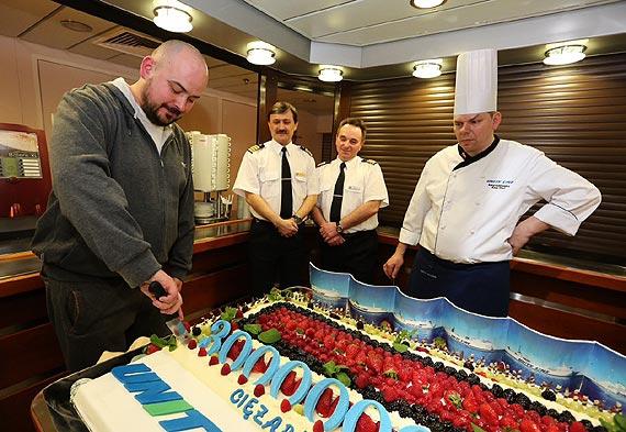 3-milionowa ciężarówka wjechała na pokład Unity Line - GospodarkaMorska.pl