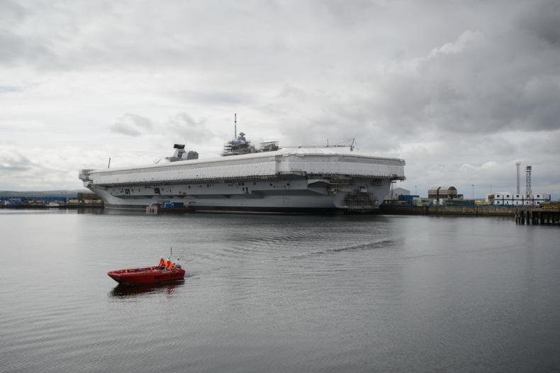Załoga odebrała pierwsze pomieszczenia flagowego okrętu Queen Elizabeth - GospodarkaMorska.pl
