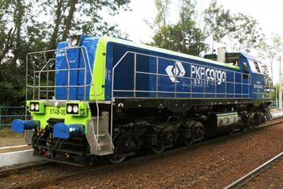 Ostatnia z 30 zmodernizowanych za 140 mln zł lokomotyw ST48 już w PKP CARGO - GospodarkaMorska.pl
